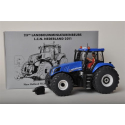 NEW HOLLAND T8.300 LCN2011 SIKU 1/32