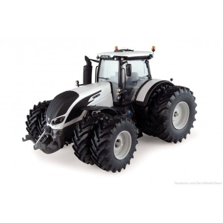 TRACTEUR VALTRA S394 WHITE JUMELE UH5242 UNIVERSAL HOBBIES 1/32