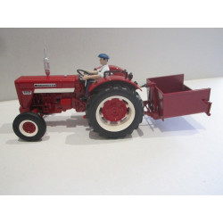 PACK IH 624 + BENETTE ROUGE REPLICAGRI 1/32 REP31+140R