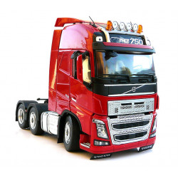 Camion miniature VOLVO FH16 6x2 rouge M1811-03 Marge Models 1/32