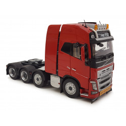 Camion miniature VOLVO FH16 8x4 rouge M1915-02 Marge Models 1/32