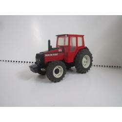 Tracteur VOLVO BM VALMET 805 BRITAINS 1/32