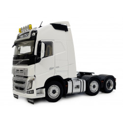 Camion miniature VOLVO FH16 6x2 blanc M1811-06 Marge Models 1/32