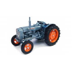"FORDSON SUPER MAJOR ""Launch Edition"" UH4882 UH 1/32"